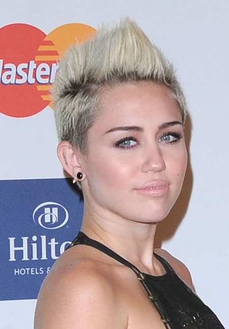 miley201331_02