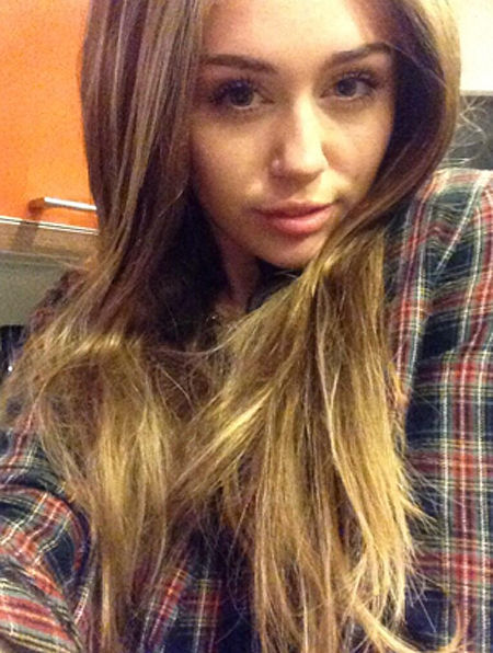 miley20131030_02