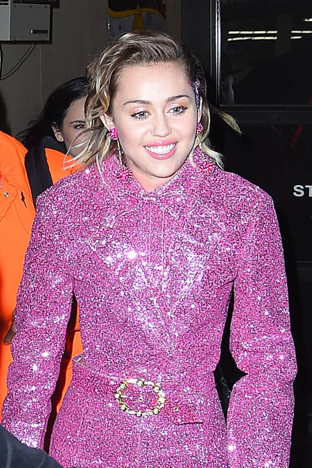 miley2015122_01